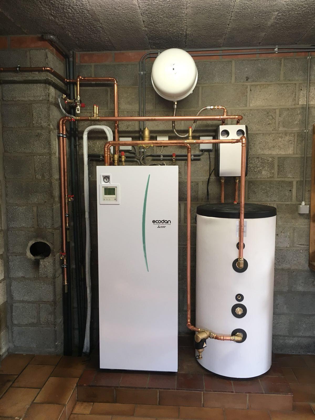 Lucht/Water warmtepomp installatie te Kinrooi